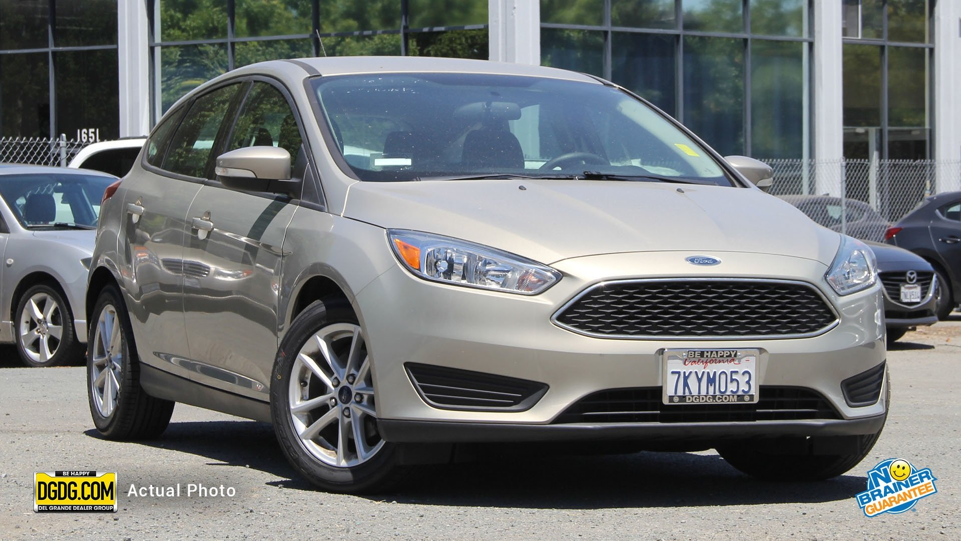 Pre Owned 2015 Ford Focus SE Hatchback in Concord UPA1649