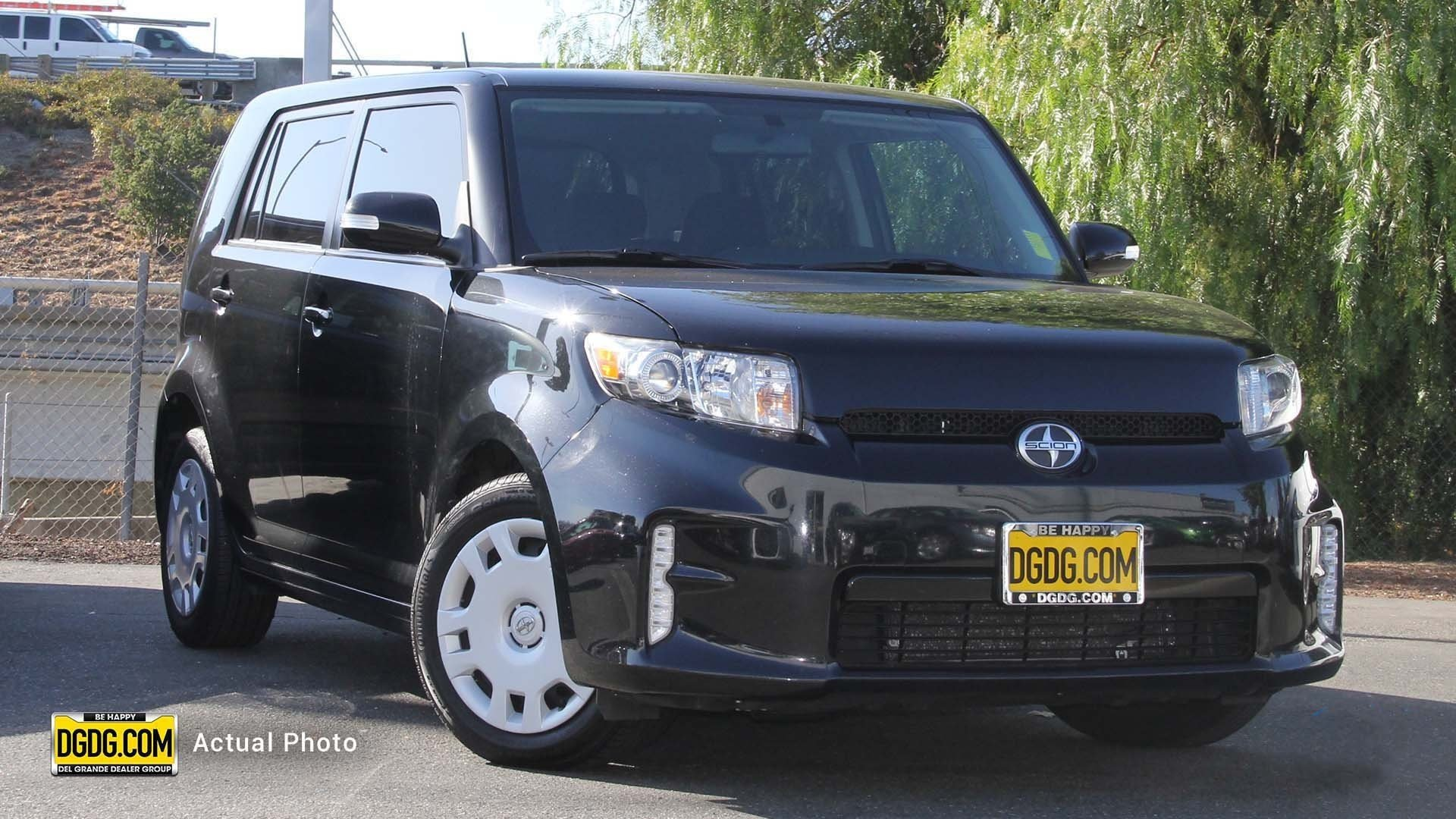 Pre-Owned 2015 Scion xB Base