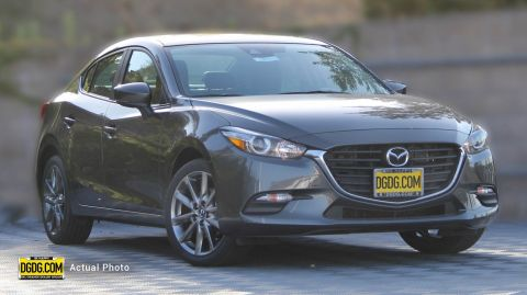 2018 Mazda3 Touring FWD 4dr Car