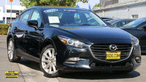 2017 Mazda3 Touring FWD 4dr Car
