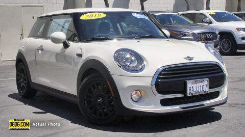 2018 MINI Hardtop 2 Door Base FWD Hatchback